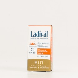 Ladival Cover Stick Anti-manchas SPF50 con color, 4ml.